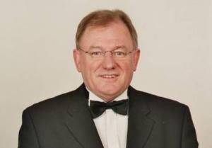 Prof. Ernst Oestreicher