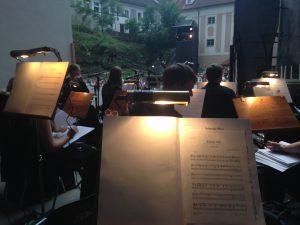 Aus dem Orchestergraben