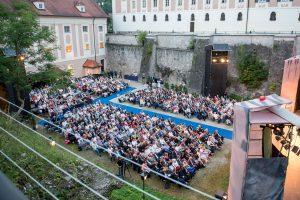 Publikum Schlossgraben