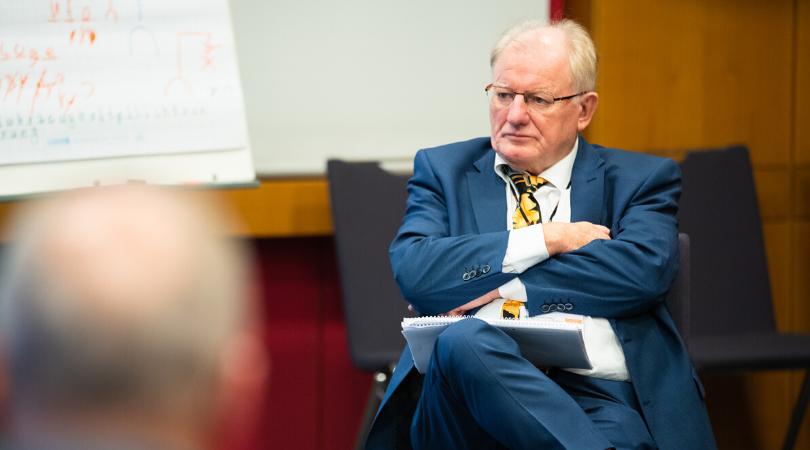 Prof. Ernst Oestreicher, Moderator